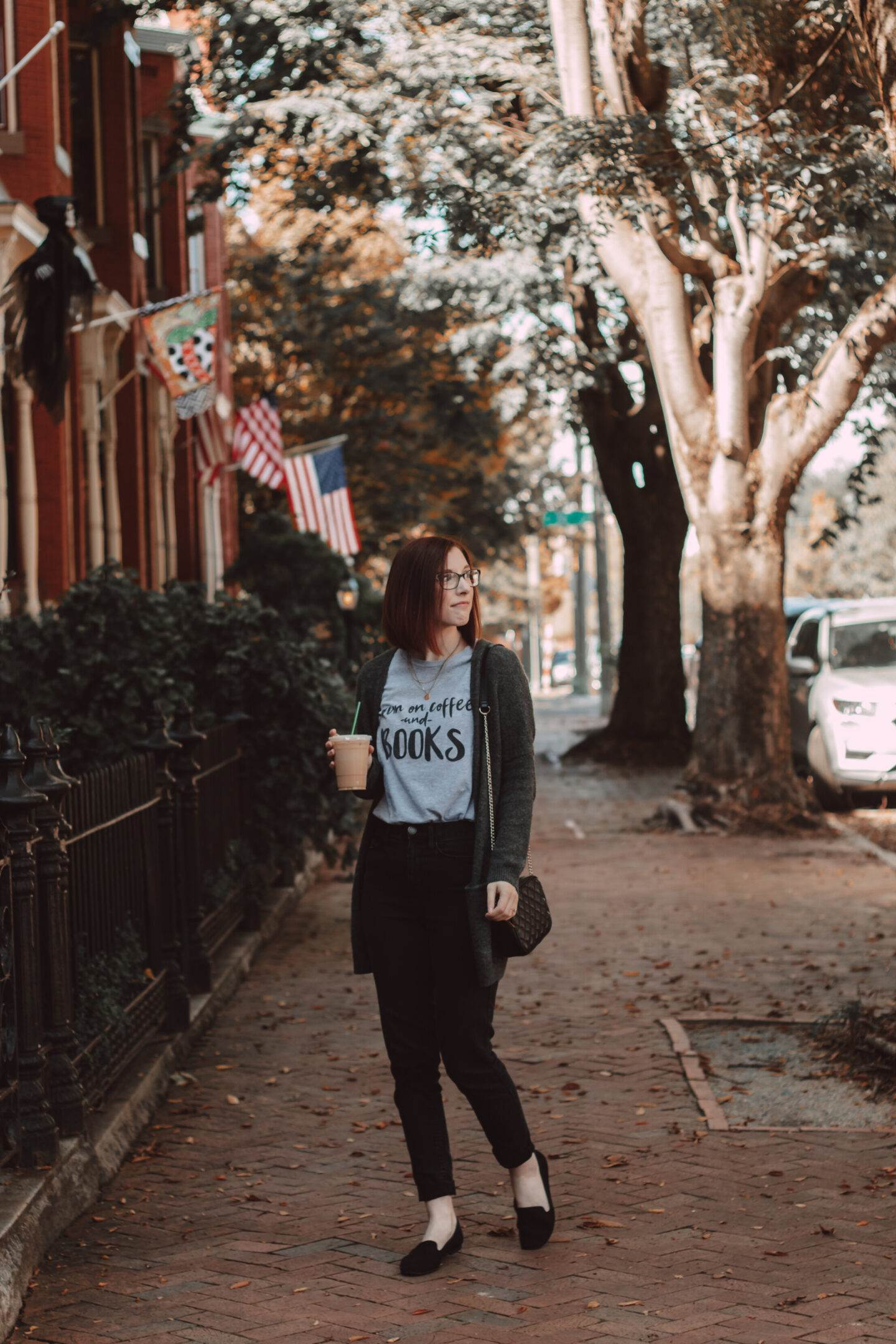 How to Wear Bookish Graphic Tees in the Fall | She Saw Style